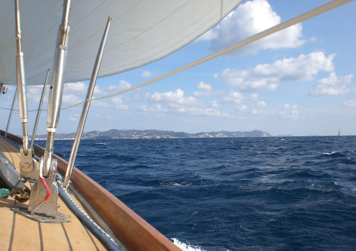 Zeerailing met PVC coating op zeilschip