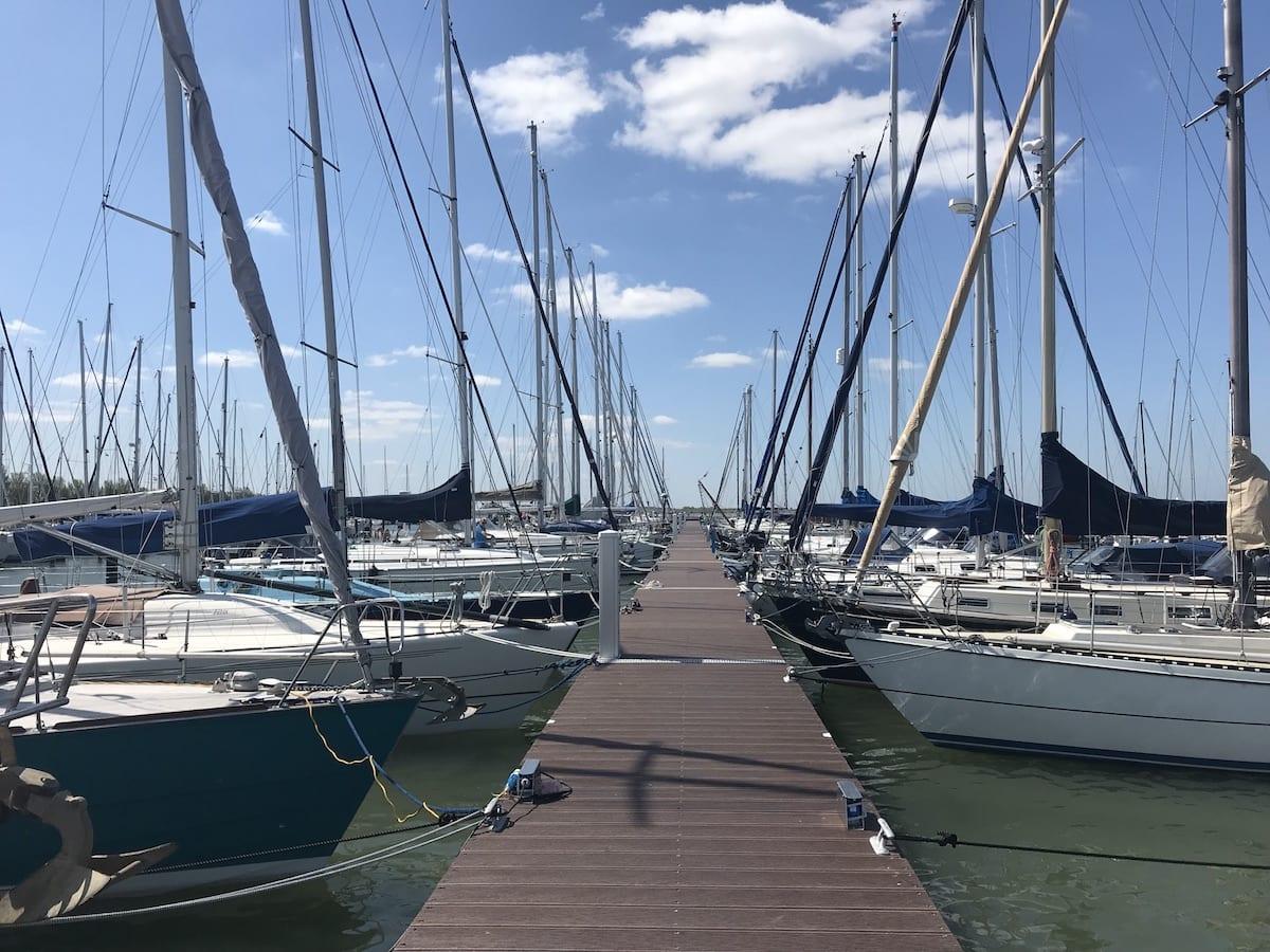Schepen in Jachthaven Lelystad Haven