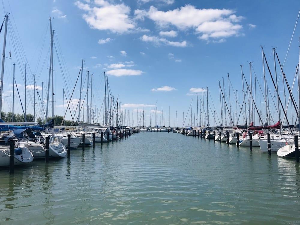 Ligplaatsen in Jachthaven Lelystad Haven