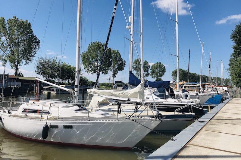 Schaap ShipCare met boten in het water